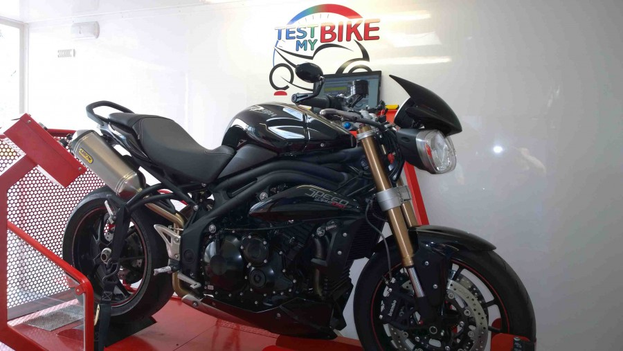 Triumph Speed Triple - agence PERFORMANCE BIKE - Dampremy